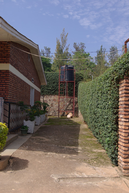 nicole und patricia in ruanda 2013 september. Black Bedroom Furniture Sets. Home Design Ideas